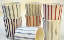 Slip casting coloured porcelain with inlay decoration– lavorazione a colaggio di porcellana colorata con decorazioni ad intarsio - Sara Kirschen
