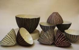 Slip casting coloured porcelain - lavorazione a colaggio di porcellana colorata Sara Kirschen