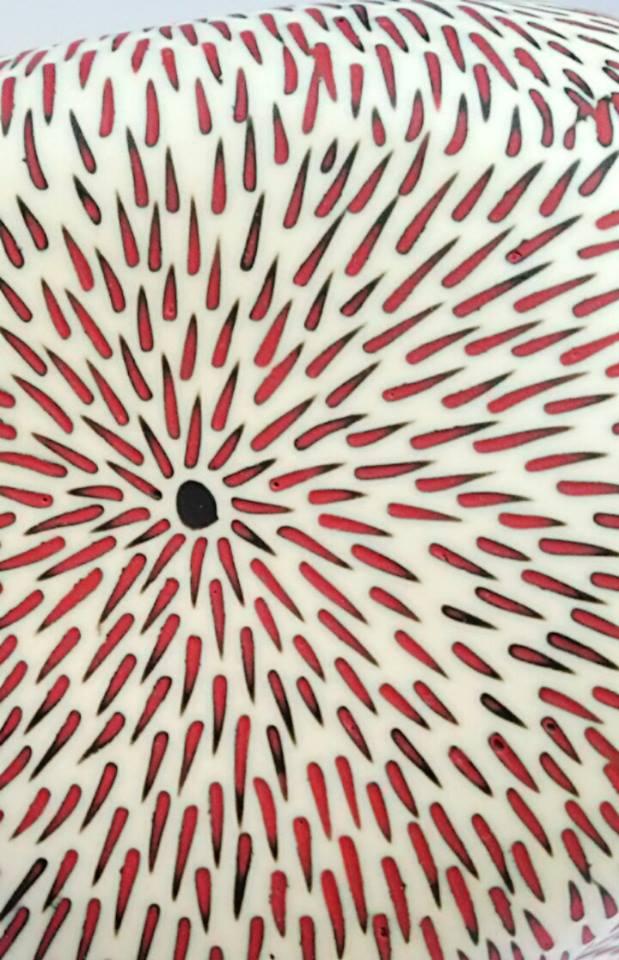 Detail - Thrown and altered porcelain with inlay decoration - Particolare - Porcellana foggiata al tornio con decorazioni a intarsio Sara Kirschen